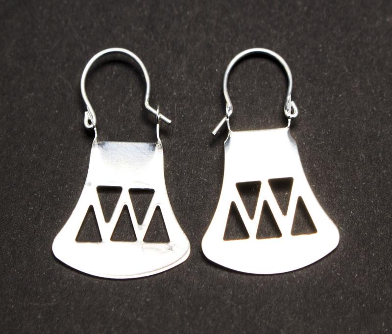 Argolla ba o de plata mapuche triangulos chica michel joyas for Banos electroliticos para joyeria